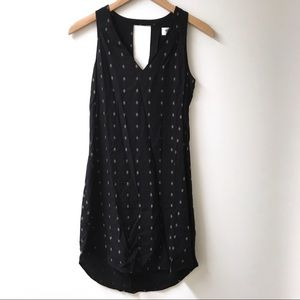 Old navy black shift dress with gold detailing xs